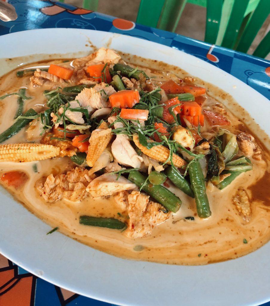 Pananh curry, jedlo v Thajsku