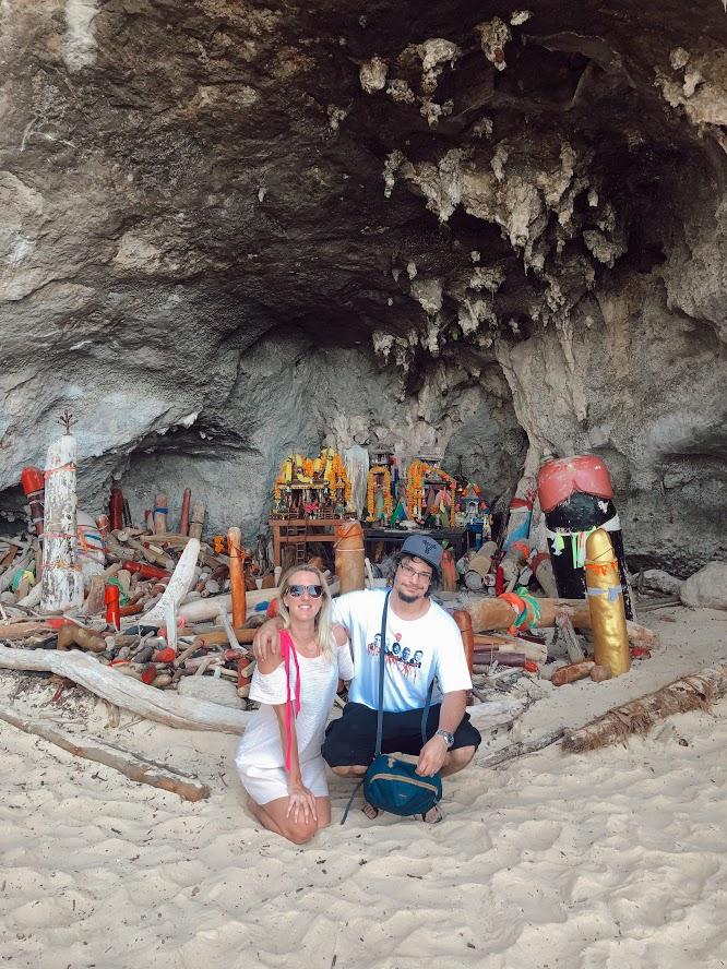 oltar Krabi Thajsko, Phra Nang beach