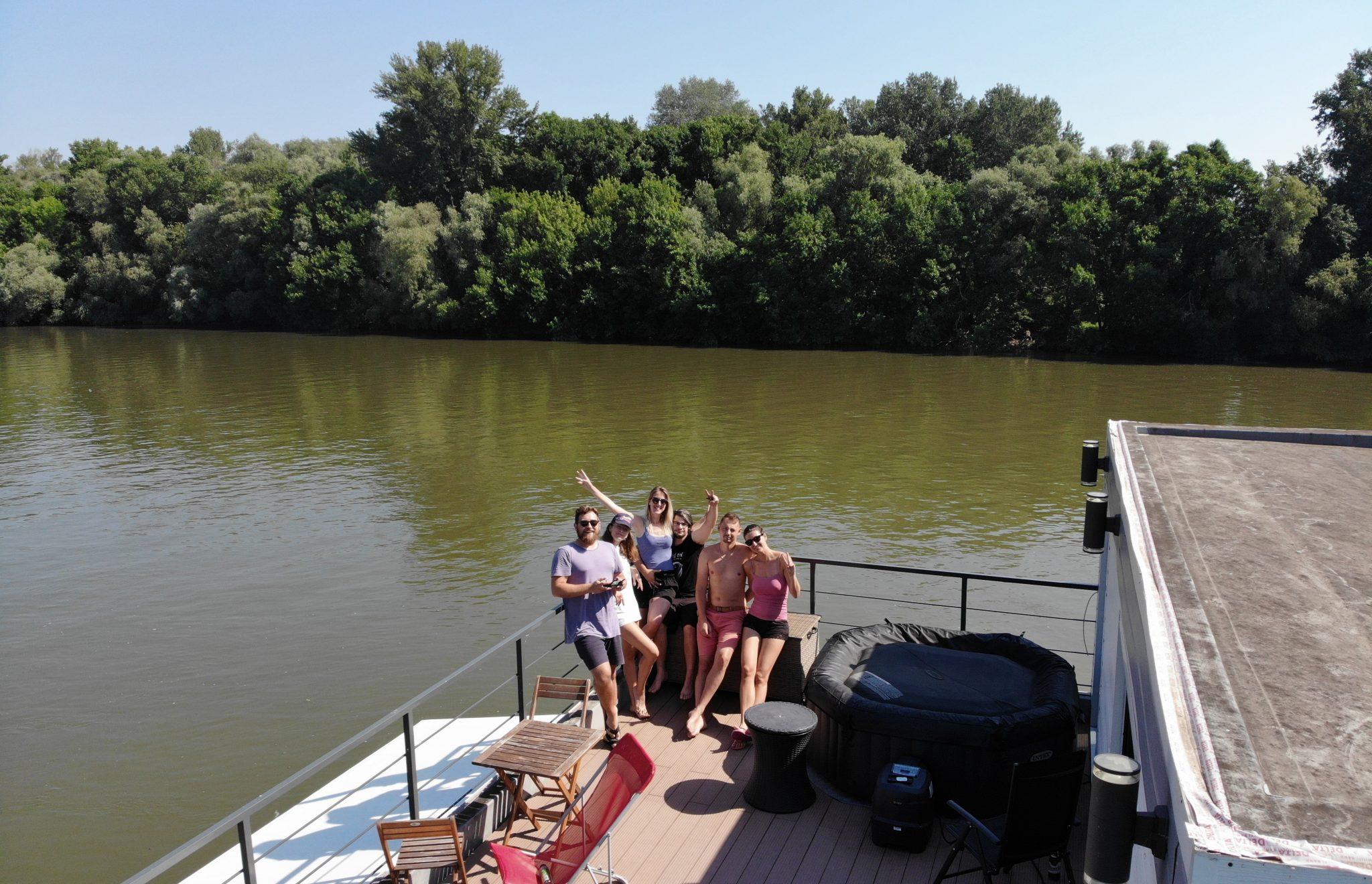 Houseboat Komárno
