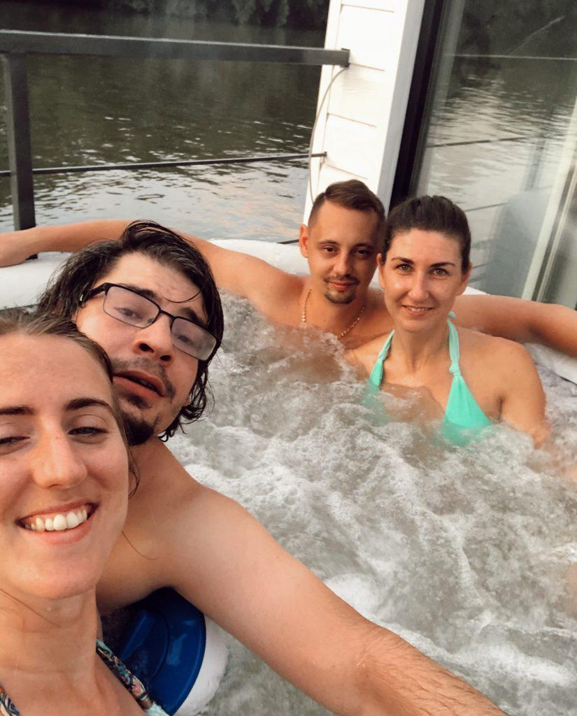 houseboat ubytovanie