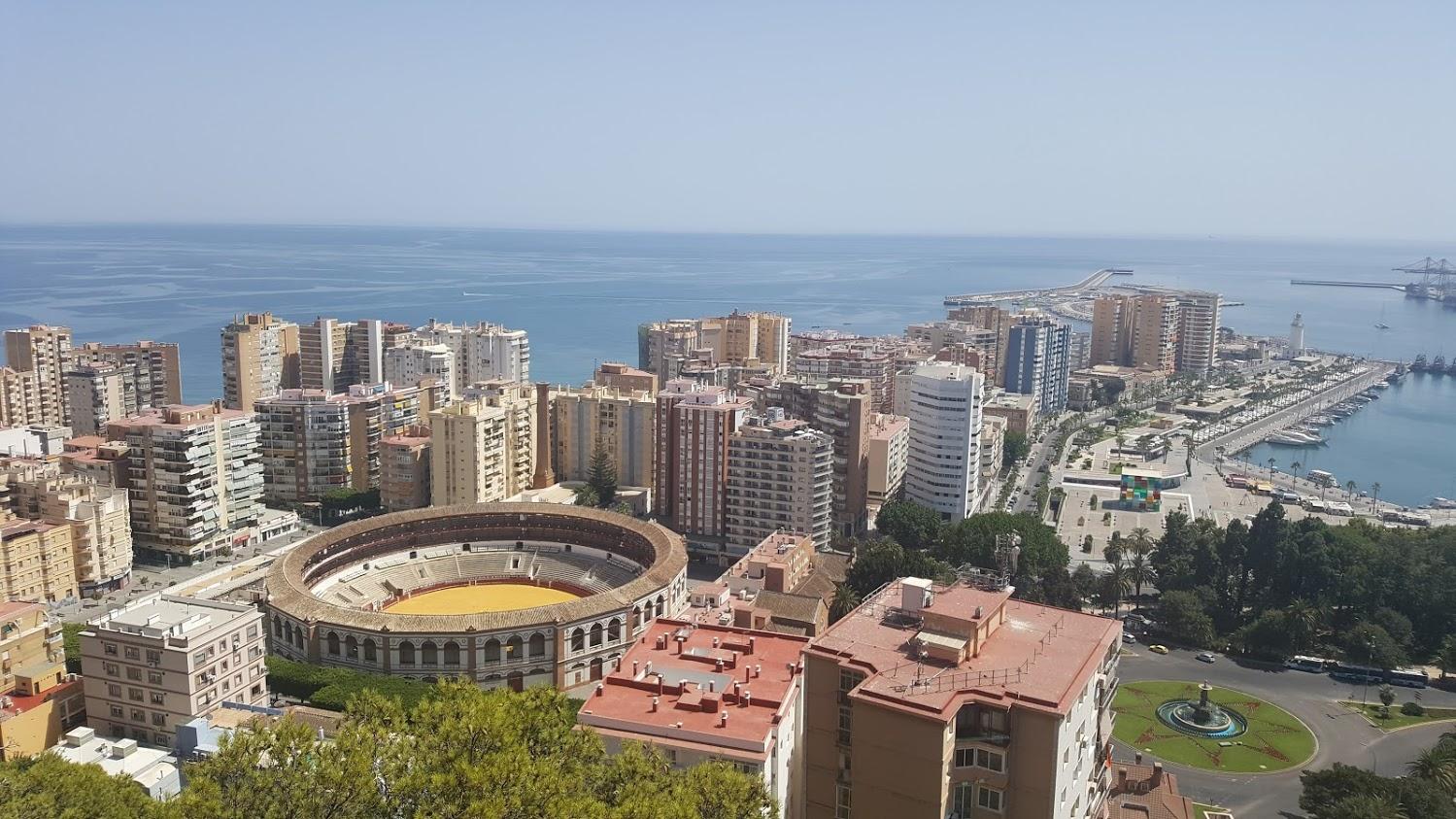 Malaga a najkrajšie miesta Andalúzie bez auta – ako na to?